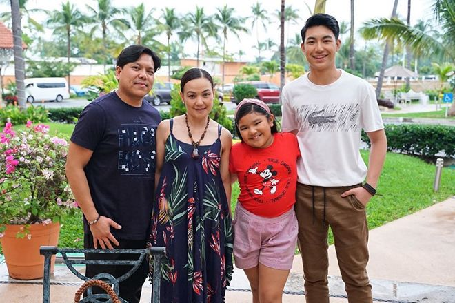 Darren Espanto is on a holiday with his family.