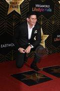 Narito ang mga bagong artistang nagkaroon ng Walk of Fame stars sa Eastwood.