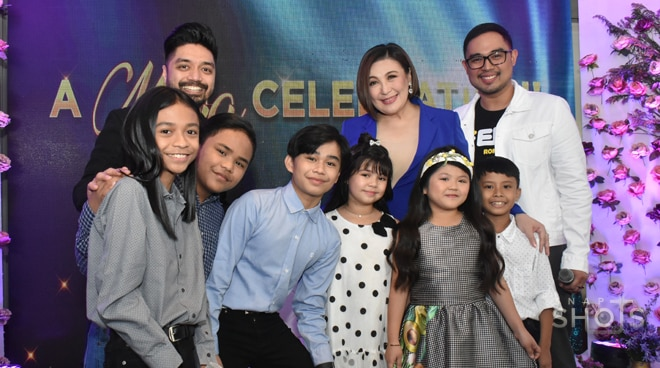 Megastar Sharon Cuneta, nag-celebrate ng birthday kasama ang mga nakatrabaho sa Your Face Sounds Familiar Kids