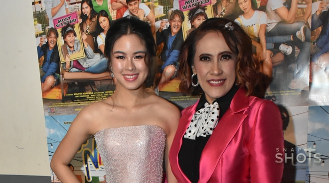 Ai-Ai delas Alas, Kisses Delavin get glammed up for the D' Ninang movie premiere