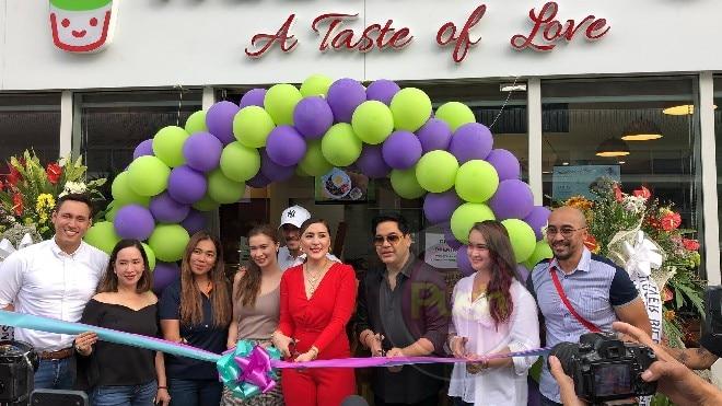 Ara Mina opens fourth branch of her cafe 'Hazelberry'