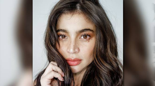Anne Curtis donates medical supplies to aid frontliners at four health institutions