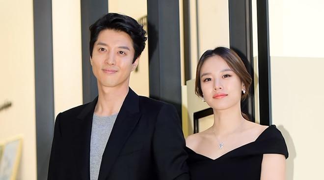 Lee Dong Gun, Jo Yoon Hee file for divorce