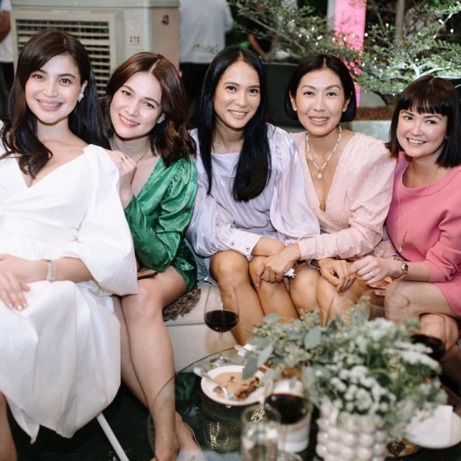 Anne Curtis' friends from the entertainment industry joined her for her baby shower.