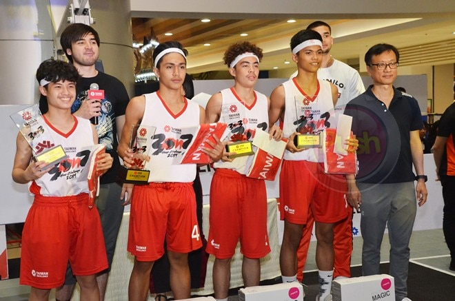 The towering sons of Benji Paras – Andre and Kobe - led the friendly competition.