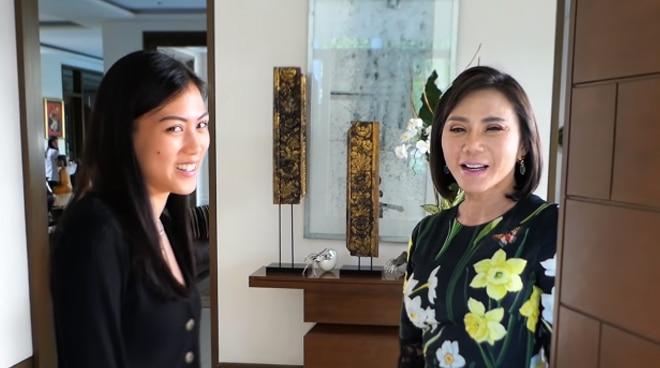 Alex Gonzaga tours the house of Dra. Vicki Belo
