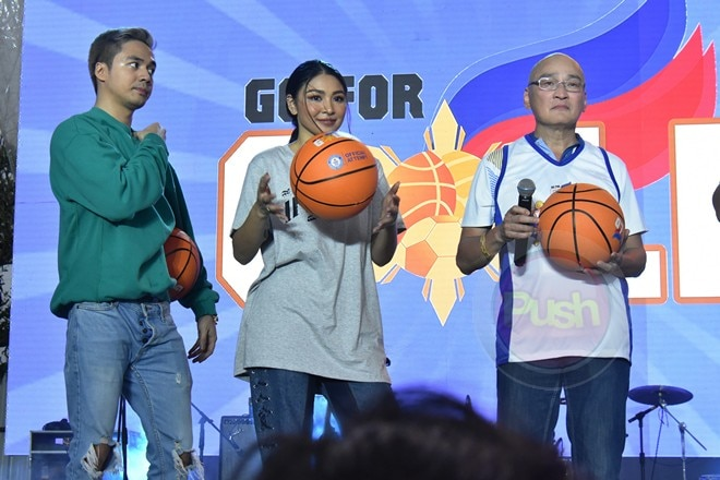 The Guinness attempt was break the world record for most people dribbling basketball simultaneously.