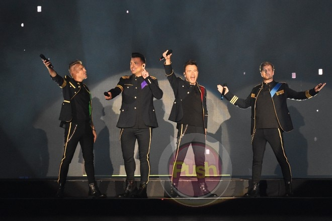 Westlife returned to the Philippines for a two-night concert (July 29 & 30) at the Big Dome.